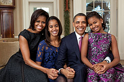 250px-Barack_Obama_family_portrait_2011